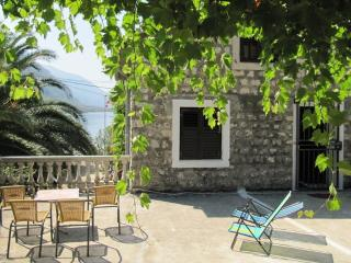 House for rent at Orahovac, 30 m from the beach - Perast vacation rentals