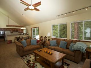 Tahoe Donner Cabin In the Woods - Sleeps 8 - North Tahoe vacation rentals