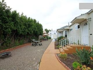 4-room Quiet, private near Gaslamp, Convention, Zoo - Pacific Beach vacation rentals