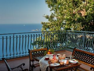 BB Villa La Quercia on hill of Positano, sea view - Positano vacation rentals