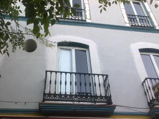 Modern apartment in the Alameda de Hércules - Seville vacation rentals