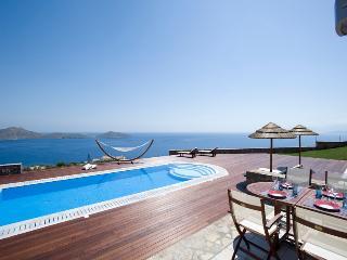 4 Bedroom Villa in Elounda - Elounda vacation rentals