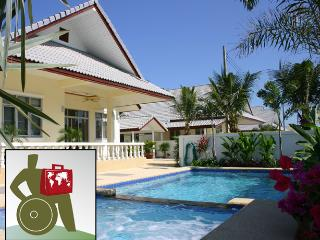 Coconut WHEELCHAIR ACCESSIBLE Pool villa serviced. - Hua Hin vacation rentals