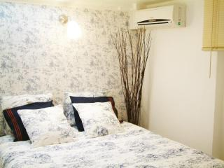 Convenient 3 PAX vacation apartment in Madrid city - Madrid vacation rentals