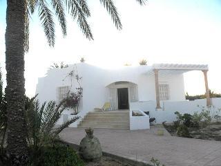 Djerba, villa for 6 front sea - Tunisia vacation rentals