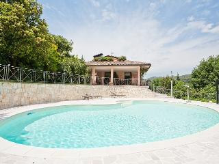 Apartment in villa with swimming pool in Perugia - Perugia vacation rentals