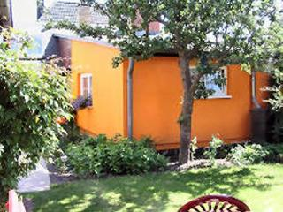 Vacation Bungalow in Stralsund - tranquil, ideal, near the beach (# 3859) - Zingst vacation rentals