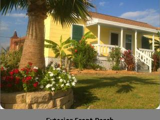 Key West Tropical Bungalow-1 1/2 Block to Beach - Galveston vacation rentals