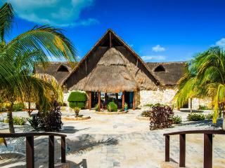 4 Person Villa at Family-Friendly Yucatan Resort - Celestun vacation rentals