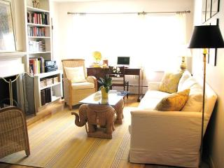 lovely 1 bedroom apt in central Halifax - Halifax vacation rentals