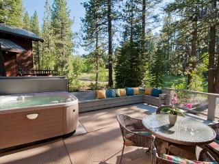 SUNNY NORTHSTAR SKI LODGE W/HOTTUB ON DECK ***** - Truckee vacation rentals
