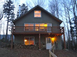 WALK TO SKI TRAIL ON OKEMO! Private Home w/ Hottub - Ludlow vacation rentals