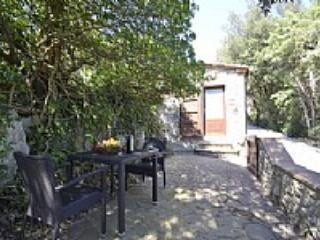 Casa Verdiana A - Bari vacation rentals