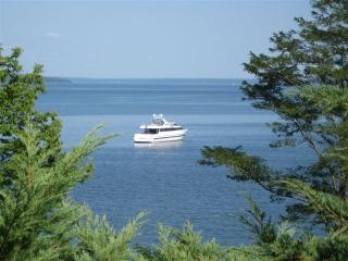 Bayside / Northport / Belfast Shorefront Weekly Rental #2 - Mid-Coast and Islands vacation rentals
