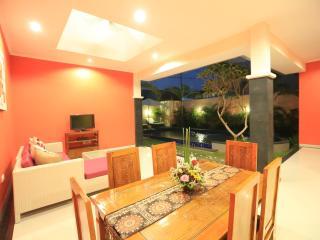 VILLA JOEL  CANGGU  AREA - BALI - Jimbaran vacation rentals