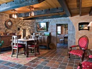 La Portiella del Llosu,  Cabrales, Picos de Europa - Asturias vacation rentals