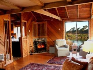 Bandon Birdhouse | A beach lover and birder treat - Bandon vacation rentals