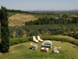 2-story villa between Florence and Siena. BRV CHI - San Donato in Poggio vacation rentals