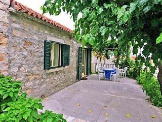 Cvitanic Kokotic apartments: APP1 (2+1 person) - Bol vacation rentals