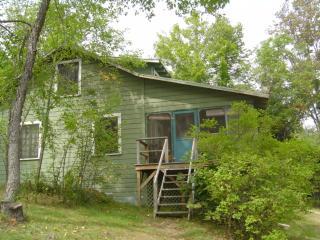 Cherrybank, an Adirondack house on the lake - Putnam Station vacation rentals