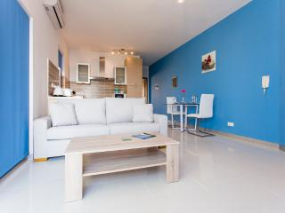 H10 Gozo,  Romantic Penthouse with Sea Views&Pool - Island of Gozo vacation rentals