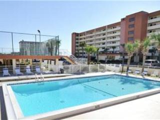 Large Gulf Front Ground Floor 2 Bedroom 2 Bath - Fort Walton Beach vacation rentals