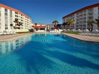 No Worries Here - Enjoy Yourself. Two Bedroom, two bath and ground floor. - Fort Walton Beach vacation rentals