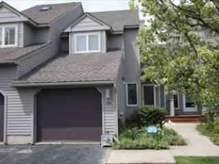 3BR, 3.5B Meadow View Townhome. C/A! Community Pool! - #304 Cape Meadows 106210 - Cape May - rentals