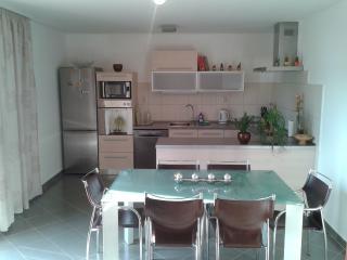 Apartman Mika - Gornji Seget vacation rentals