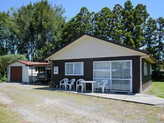 Millhaven Windmill cottage. Rotorua. New Zealand. - Mourea vacation rentals