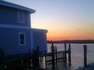 Beautiful Bayside Living - Message me for  rates! - Ventnor City vacation rentals