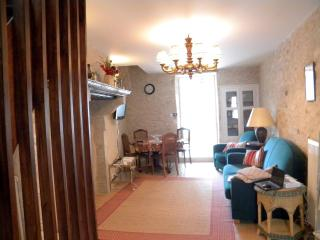 La Charité sur Loire - Les Remparts - Arcades - La Charite-sur-Loire vacation rentals