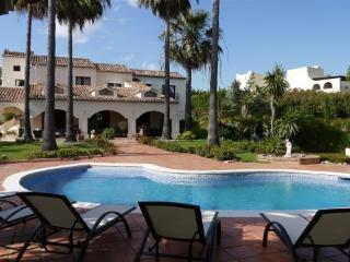 5 bed Villa in La Cerquilla - Marbella vacation rentals