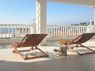 Villa Bonaca -  nice apartment with sunny terrace - Baška vacation rentals