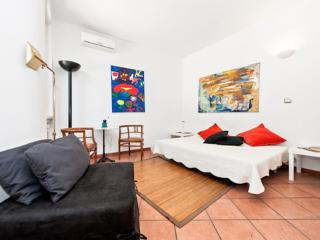 Penthouse in heart Rome terrace breathtaking views - Verona Beach vacation rentals