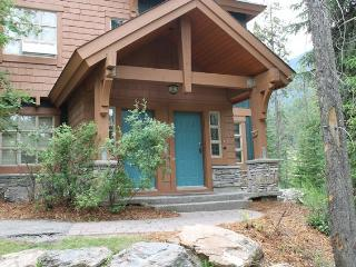 PRB001 - Riverbend Townhome 2 bedrooms - Radium Hot Springs vacation rentals