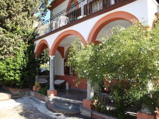 Solemar Sicilia - Villa Caterina - Apt. Zora - Cefalu vacation rentals