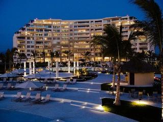 Del Canto Luxury Beachfront Condo with Ocean Views - Nuevo Vallarta vacation rentals