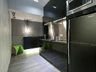 Spacious Studio in Hong Kong for Monthly Rent - Hong Kong vacation rentals
