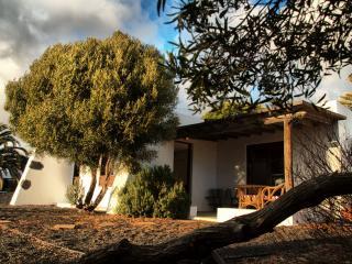 Casa Los Divisos small cottage in Villa de Teguise - Lanzarote vacation rentals