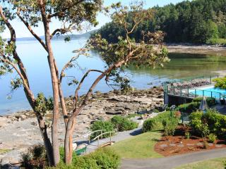 Affordable Oceanfront Beauty. Luxury Awaits You! - Nanaimo vacation rentals