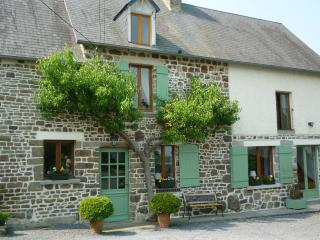 Lovely B&B between Mont St Michel and Omaha Beach - Marigny vacation rentals