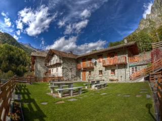 Casa San Cristoforo - Ollomont vacation rentals