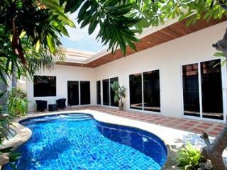 Pratumnak Pool Villa 1B Pattaya's Prime Location - Jomtien Beach vacation rentals