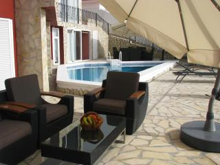 casa riconcito with private pool and jacuzzi 5 km from puerto de la cruz - San Andres vacation rentals