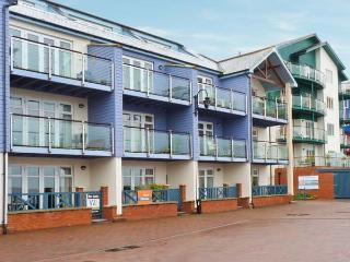 20 MADISON WHARF, first floor apartment, balcony, sea views, parking, in Exmouth, Ref 24057 - Dawlish vacation rentals
