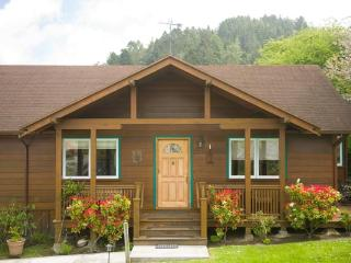 Francis Street Vacation Home - Ferndale vacation rentals