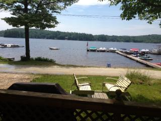 Adorable Lakefront Cottage Rental - Canterbury vacation rentals