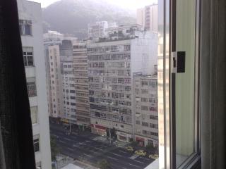 furnished studio apto located 2 blocks away from t - Rio de Janeiro vacation rentals