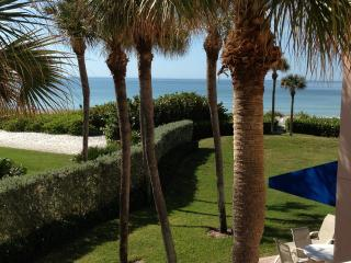 Beautiful Gulf Front Condo on White Sandy Beach - Longboat Key vacation rentals